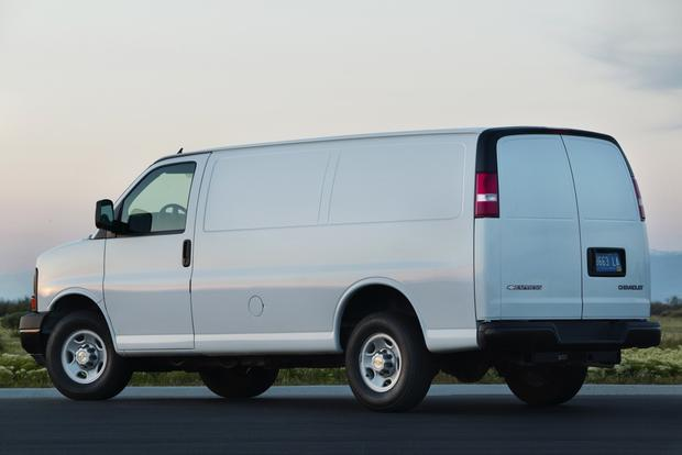 2014 Chevrolet Express 3500: New Car Review featured image large thumb2