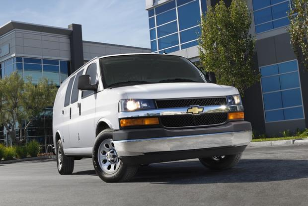 2013 Chevrolet Express 3500: New Car Review featured image large thumb0