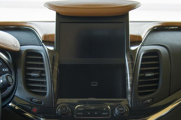 2014 chevrolet impala new car review autotrader. Black Bedroom Furniture Sets. Home Design Ideas