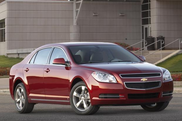 2009 Chevrolet Malibu: Used Car Review featured image large thumb1
