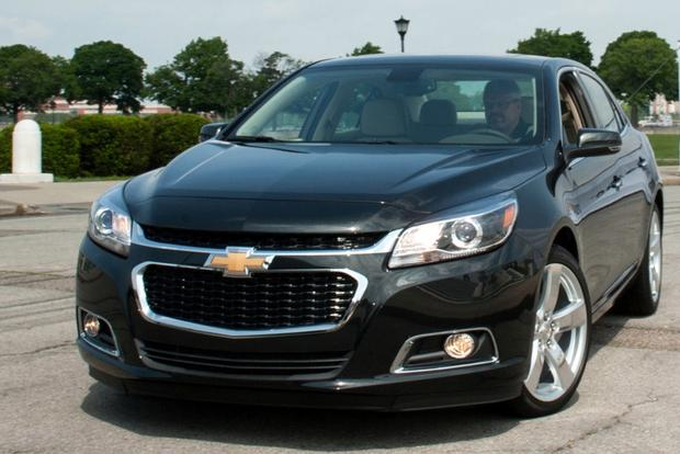 2013 vs. 2014 Chevrolet Malibu: What's the Difference? featured image large thumb0