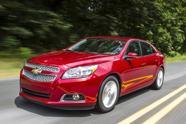 2013 vs. 2014 Chevrolet Malibu: What's the Difference? featured image large thumb1