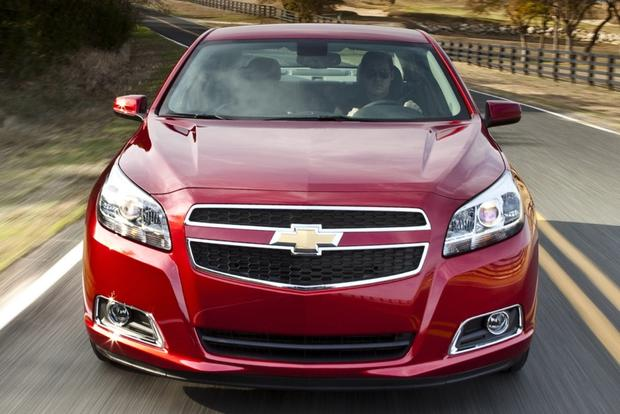 2013 vs. 2014 Chevrolet Malibu: What's the Difference? featured image large thumb5