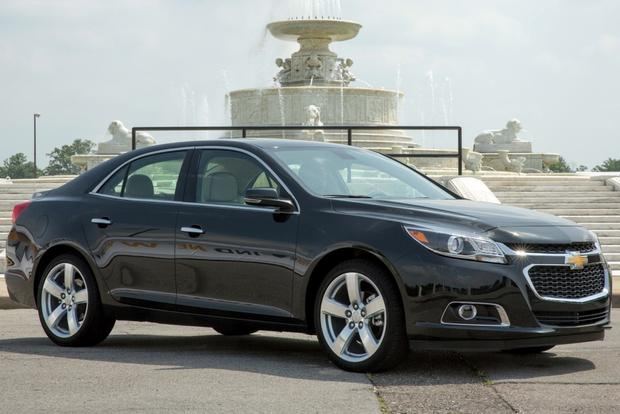 2013 Chevy Malibu Lt >> 2013 Vs 2014 Chevrolet Malibu What S The Difference