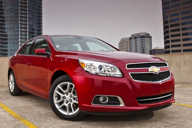 2013 vs. 2014 Chevrolet Malibu: What's the Difference? featured image large thumb11