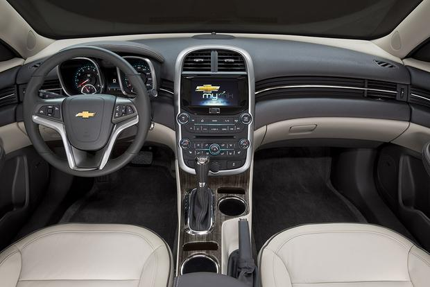 2015 Chevrolet Impala vs. 2015 Chevrolet Malibu: What's the Difference? featured image large thumb3