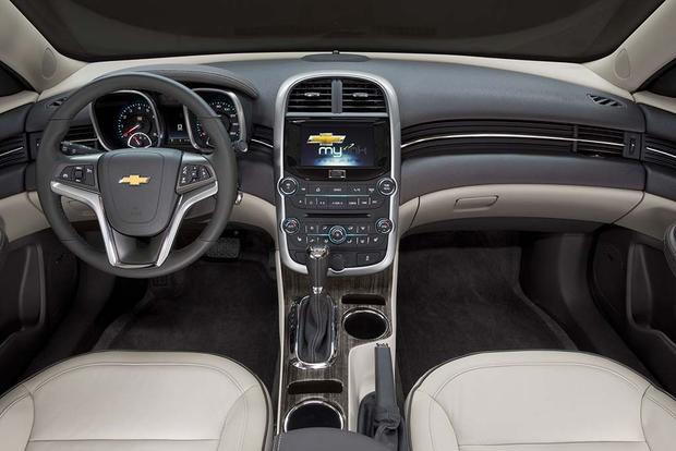 2016 Chevrolet Malibu What S The Difference Featured Image Large Thumb1