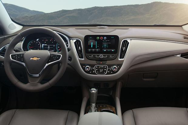2016 Chevrolet Malibu What S The Difference Featured Image Large Thumb2