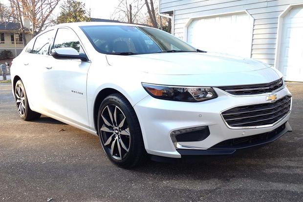 2016 Chevrolet Malibu: Fuel Economy featured image large thumb3