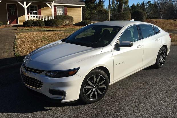 2016 Chevrolet Malibu: Fuel Economy featured image large thumb1