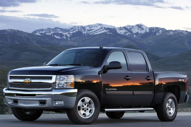 2013 Chevrolet Silverado 1500 & Hybrid: New Car Review featured image large thumb2
