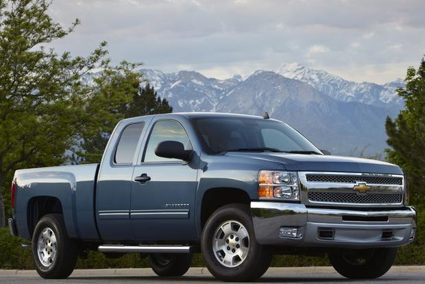 2013 Chevrolet Silverado 1500 & Hybrid: New Car Review featured image large thumb3