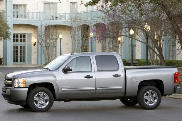 2013 Chevrolet Silverado 1500 & Hybrid: New Car Review featured image large thumb4