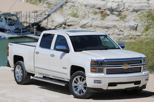 2015 Chevrolet Silverado 1500: New Car Review featured image large thumb1