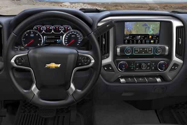 2015 Chevrolet Silverado 1500: New Car Review featured image large thumb3