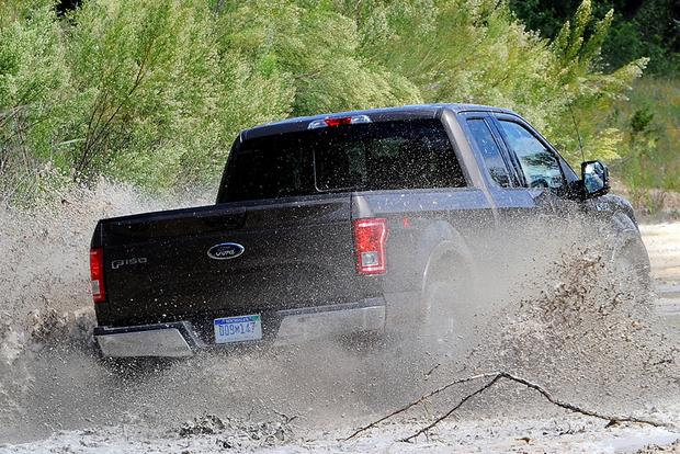 2015 Ford F-150 vs. 2015 Chevrolet Silverado: Which Is Better? featured image large thumb3