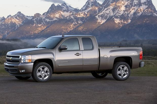 2009 Chevrolet Silverado 1500: Used Car Review featured image large thumb0