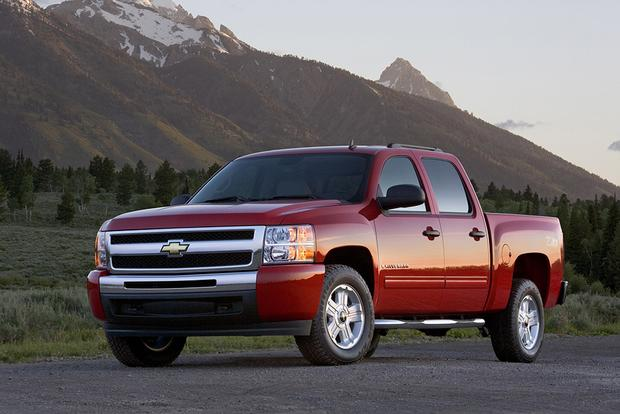 2011 Chevrolet Silverado 1500: Used Car Review featured image large thumb1