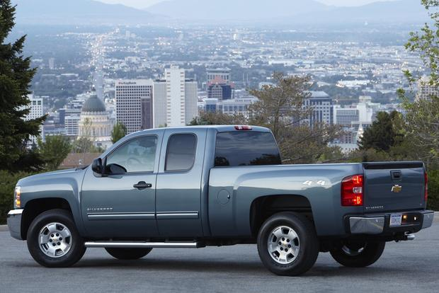 2012 Chevrolet Silverado 1500 & Hybrid: New Car Review featured image large thumb1