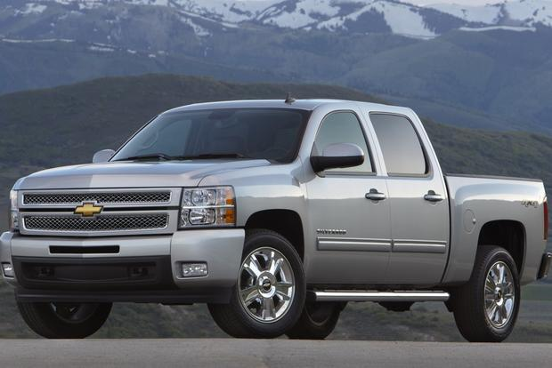 2012 Chevrolet Silverado 1500 & Hybrid: New Car Review featured image large thumb2