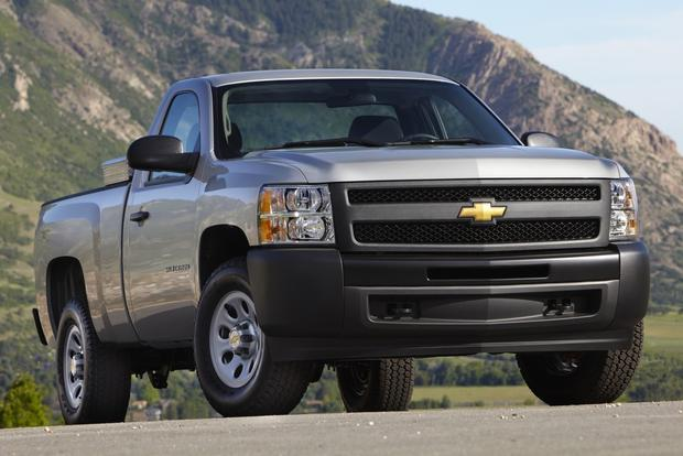 2012 Chevrolet Silverado 1500 & Hybrid: New Car Review featured image large thumb5