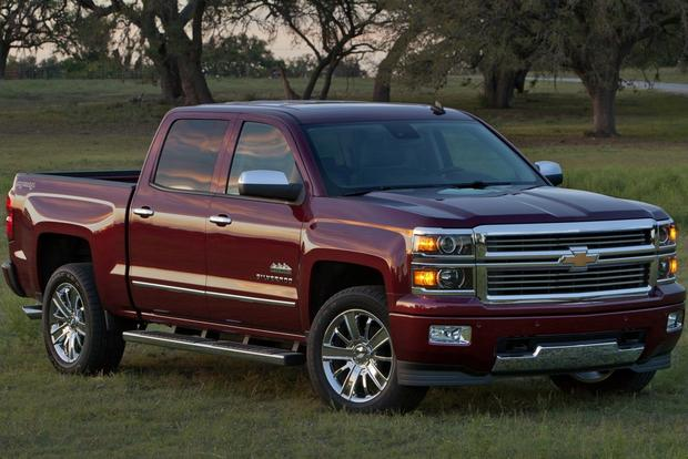 2013 vs. 2014 Chevrolet Silverado featured image large thumb4