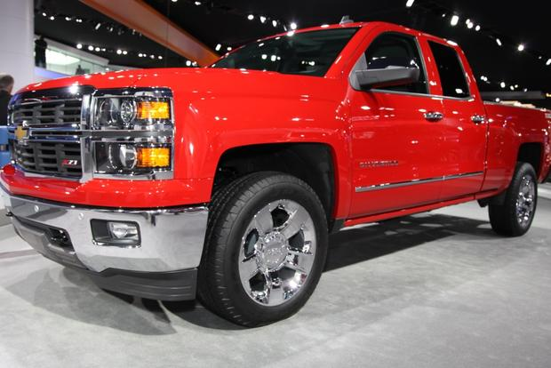 2014 Chevrolet Silverado & GMC Sierra: Detroit Auto Show featured image large thumb1