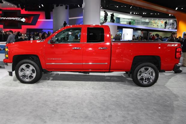 2014 Chevrolet Silverado & GMC Sierra: Detroit Auto Show featured image large thumb4