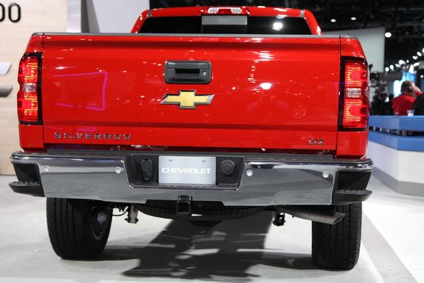 2014 Chevrolet Silverado & GMC Sierra: Detroit Auto Show featured image large thumb6