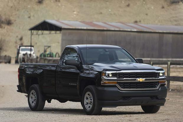 2016 Chevrolet Silverado 1500: New Car Review featured image large thumb1