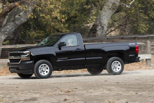 2016 Chevrolet Silverado 1500: New Car Review featured image large thumb4