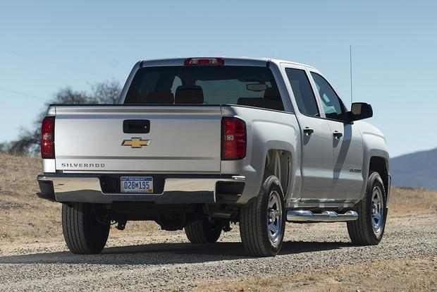 2018 Chevrolet Silverado 1500: New Car Review featured image large thumb2