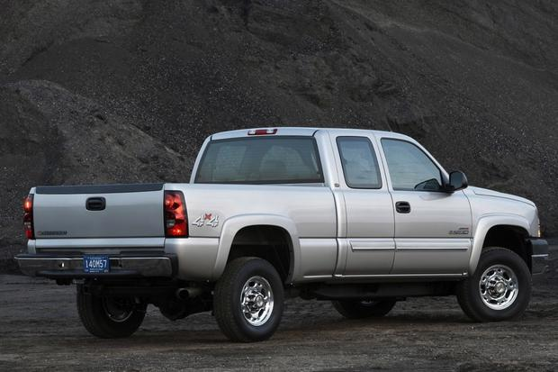 2001-2006 Chevrolet Silverado 2500 HD Used Truck Review - Autotrader