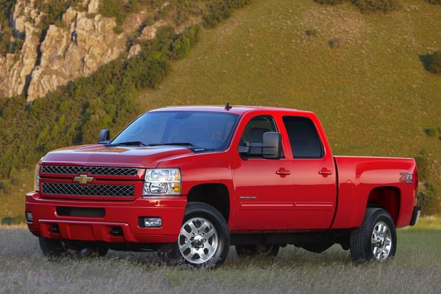 2012 Chevrolet Silverado 2500HD & 3500HD: New Car Review featured image large thumb1