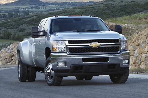2012 Chevrolet Silverado 2500HD & 3500HD: New Car Review featured image large thumb4
