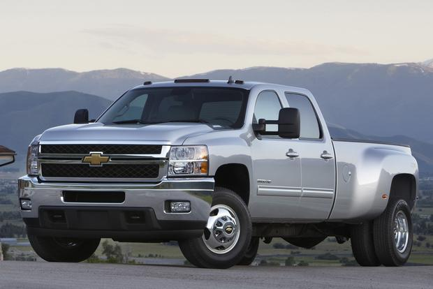 2012 Chevrolet Silverado 2500HD & 3500HD: New Car Review featured image large thumb5