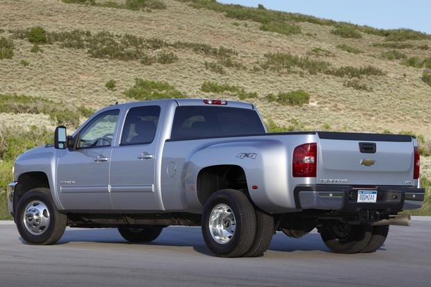 2012 Chevrolet Silverado 2500HD & 3500HD: New Car Review featured image large thumb6