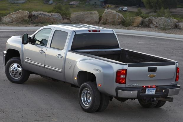 2012 Chevrolet Silverado 2500HD & 3500HD: New Car Review featured image large thumb10