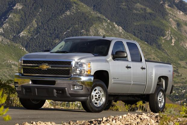 2012 Chevrolet Silverado 2500HD & 3500HD: New Car Review featured image large thumb11