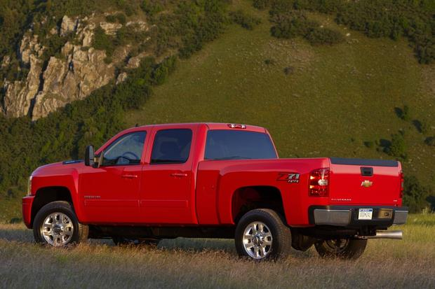Attractive 2014 Chevrolet Silverado 2500HD: New Car Review Featured Image Large Thumb2