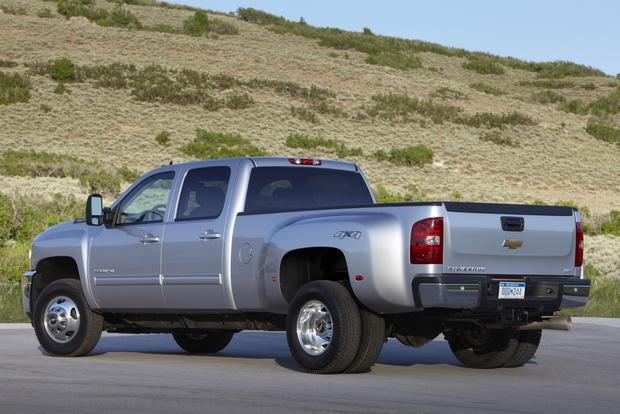 2014 Chevrolet Silverado 3500HD: New Car Review featured image large thumb1