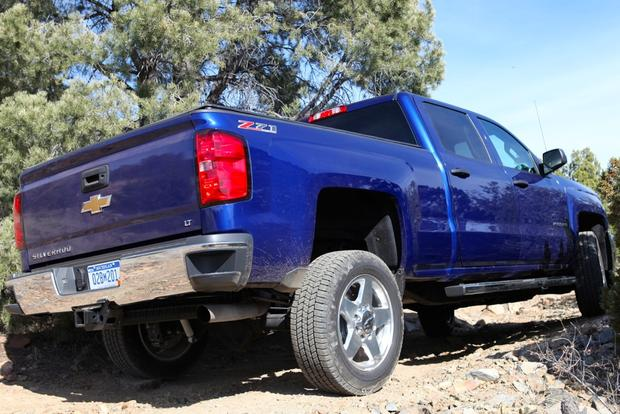 2015 Chevrolet Silverado 2500HD: New Car Review featured image large thumb3