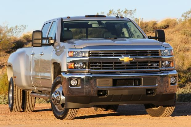 2015 Chevrolet Silverado 3500HD: New Car Review featured image large thumb1