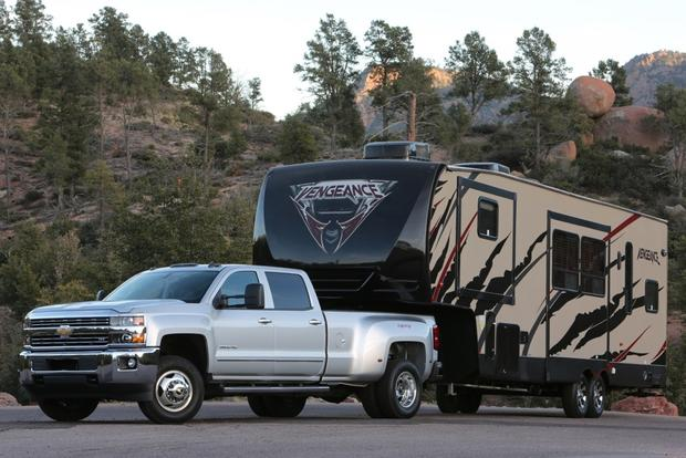 2015 Chevrolet Silverado 3500HD: New Car Review featured image large thumb0