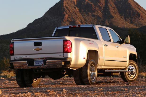 2015 Chevrolet Silverado 3500HD: New Car Review featured image large thumb3