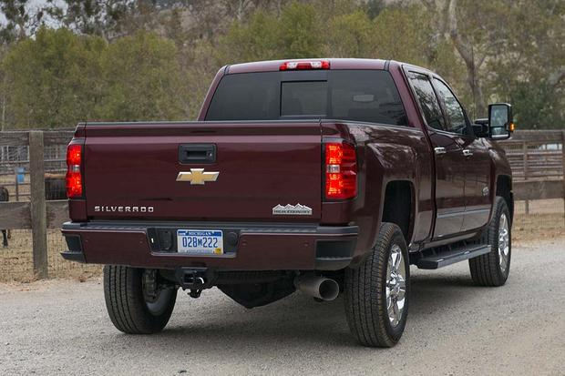 2016 Chevrolet Silverado 2500HD: New Car Review featured image large thumb3