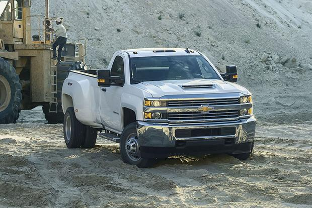 2017 chevrolet silverado 3500hd new car review autotrader. Black Bedroom Furniture Sets. Home Design Ideas