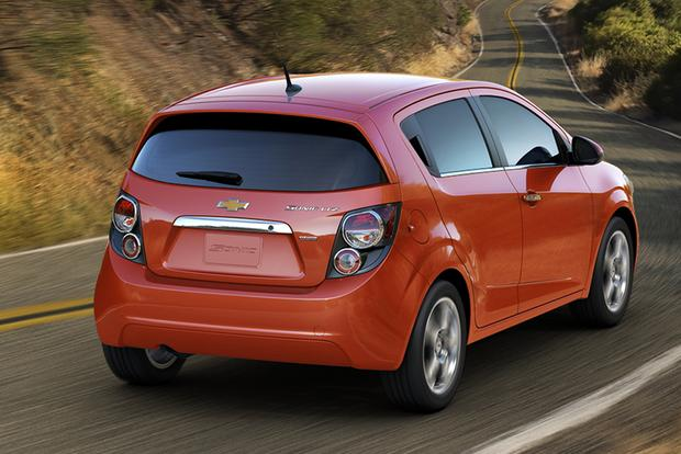 2013 chevrolet sonic used car review autotrader. Black Bedroom Furniture Sets. Home Design Ideas