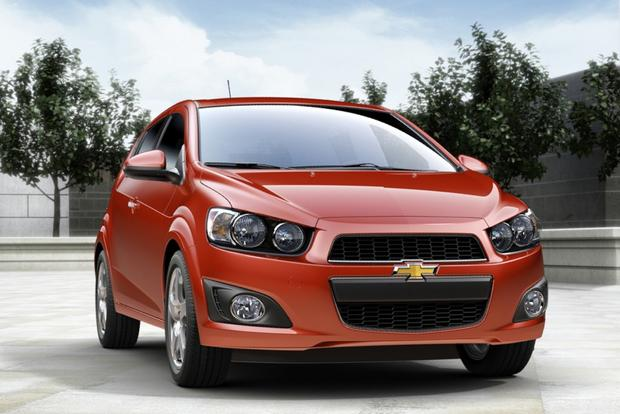 2014 Ford Fiesta vs. 2014 Chevrolet Sonic: Which Is Better? featured image large thumb5