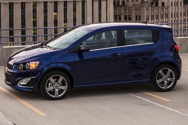2015 Chevrolet Spark vs. 2015 Chevrolet Sonic: What's the Difference? featured image large thumb4